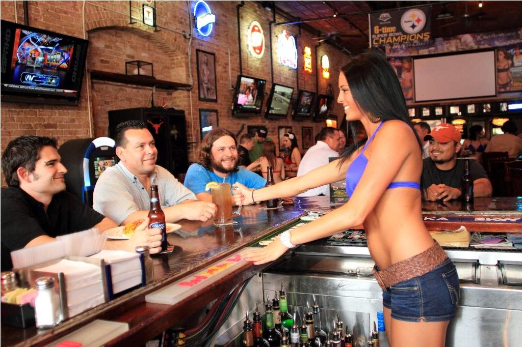 How To Eat At A Breastaurant Without Being Creepy First