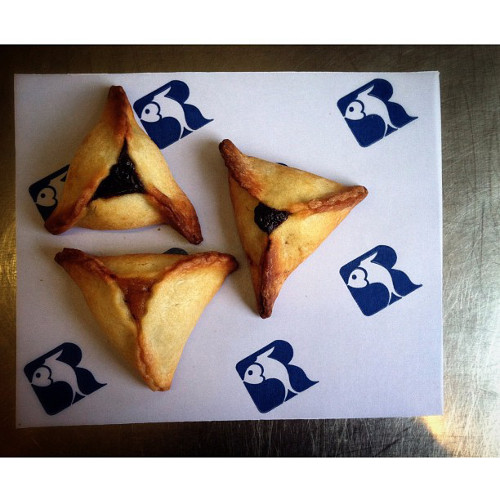 Russ & Daughters makes hamantaschen worthy of a Jewish grandmother. (Photo: @russanddaughters)