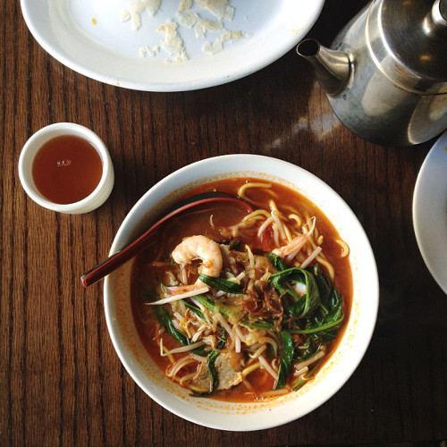 @alice_gao shows us that food jealously is really, really real with some prawn mee.