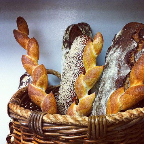 We think bread bouquets are the only type of bouquets that should exist. (Photo: