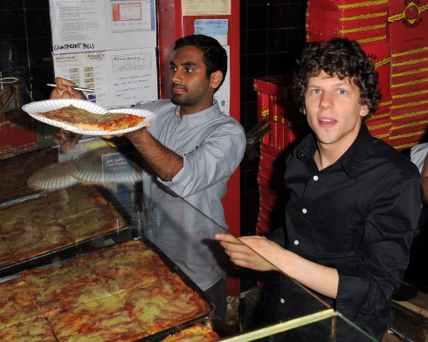 Why It's Awesome: Aziz and Jesse are just two bros buying some slices. Although Mr. Eisenberg looks like he was just stealing something.