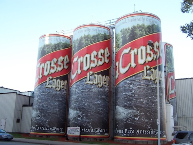 The world's largest 6-pack is made up of these beer tanks in La Crosse, WI. (Source)