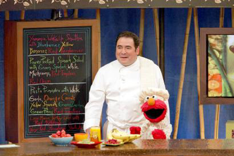 "In 1998 The New York Times named Emeril ""the most influential cook on television."" At that time, ""Emeril Live! was the Food Networks most popular show. (photo: muppet.wikia.com)"