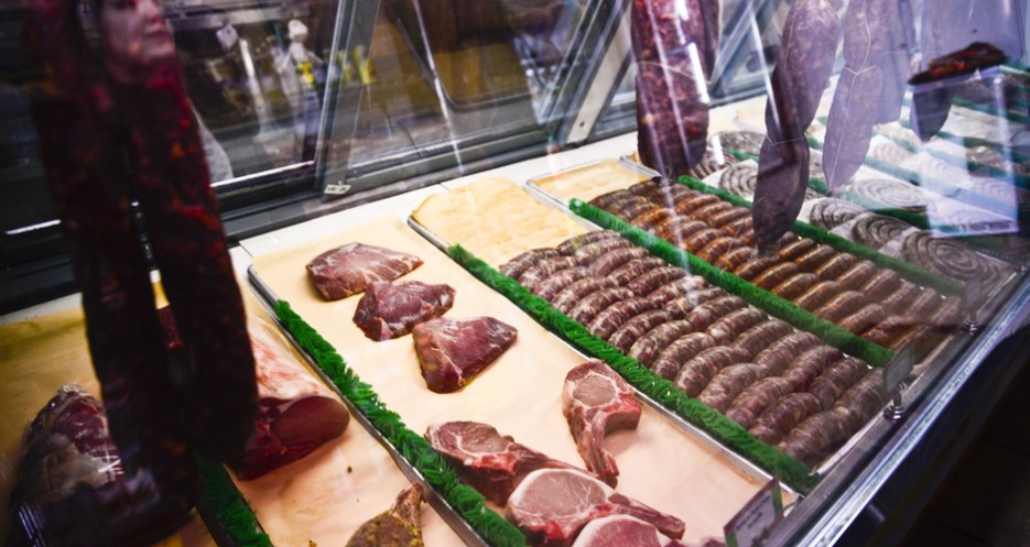 Sausages of all kinds, as well as croquettes and cured meats, fill the cases.
