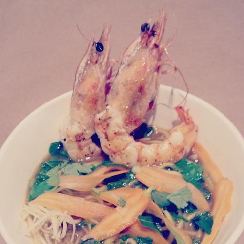 The special at Momofuku Noodle Bar: prawn ramen with green curry, papaya and chili. (Photo: @momolongplay)