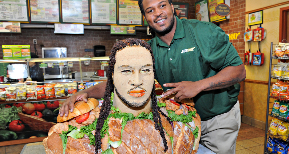 Jarvis Jones, Subway style. (Photo: National Post)