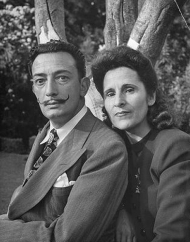 Salvador and his wife, Gala Dali. (Photo: mrpeacockstyle.blogspot.com)