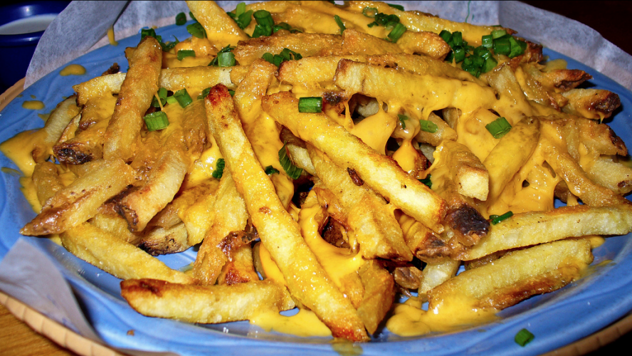Islands' Cheddar Fries. (Photo: Flickr)