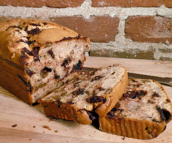 Chunky Monkey ice cream bread is what plain old banana bread aspires to be. Recipe + photo: Instructables