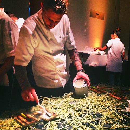 Ink's Michael Voltaggio (@mvoltaggio) plates asparagus smoked in hay, sprinkled with horseradish dust. (Photo: @devourmi)