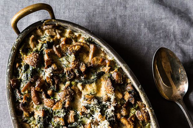 Spinach, Mushrooms, and Cream for Dinner. Mushrooms add so much complexity to any dish, but when they decide to head south, they really go for it. Beat them to the punch with this six-ingredient recipe.