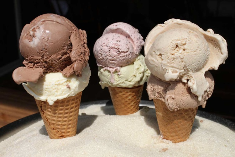Most of Van Leeuwen's ingredients are locally sourced and its artisanal flavors are top-notch. You definitely want to grab a scoop of the Earl Grey Tea and another of the Gianduja. They also make one of the best affogatos in the city. (Photo: Van Leeuwen)