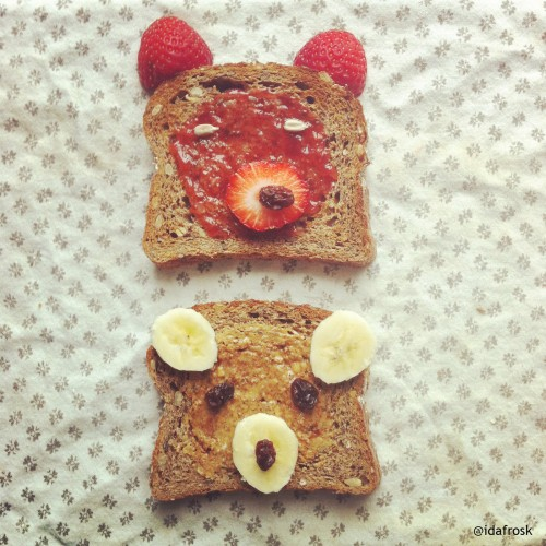 And other times, she just makes bear face toasts.