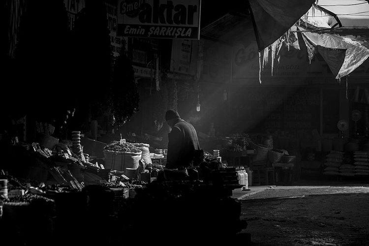 Early morning markets in Sivas, Turkey.