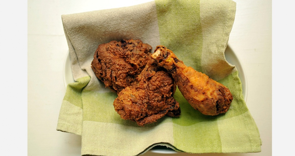 Classic Southern Buttermilk Fried Chicken. This fried chicken recipes, which comes from James Briscione of Just Married and Cooking, gets its incredible flavor from a spice rub and a buttermilk brine. Because Briscione is a trained chef, his recipe is as specific as you'd hope—it has exact temperatures for your oil and exact timing for the frying.