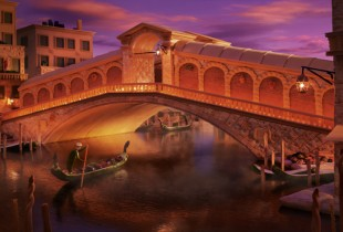 The Rialto Bridge. (Photo: Carl Warner)