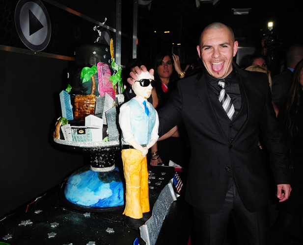 Who: PitbullLevel of absurdity (0-10): 9 This cake is almost as upsetting as Pitbull's career. (Photo: Vallery Jean/FilmMagic)