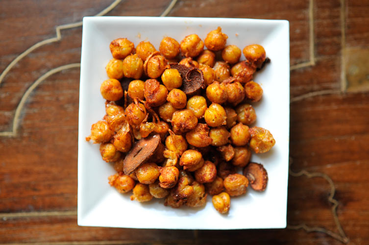 Smoky Fried Chickpeas. This is the chance for that hidden can of chickpeas left in your pantry to shine. Combine lemon zest, fresh thyme leaves, and thinly sliced garlic to mix with the chickpeas for crispy, crunchy, and fragrant bite-sized snacks.
