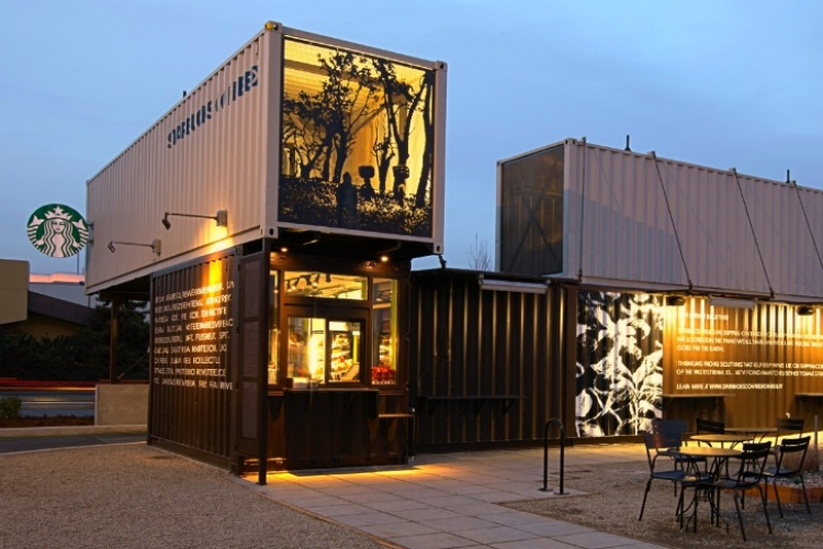 In a growing attempt to promote green building, Starbucks built a shop out of four shipping containers in Tukwila, Washington, and it looks completely awesome. (Photo: