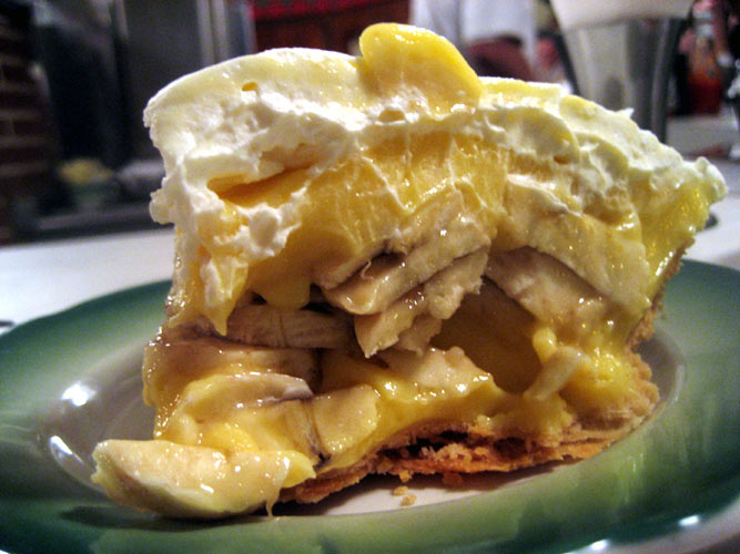 Banana cream pie from The Apple Pan in Los Angeles, CA. (Photo:
