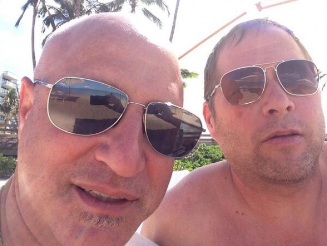 Here we go: two master chefs lampin' shirtless by the pool. Tom Colicchio and Manresa's David Kinch serving us a top notch selfie. (Photo: