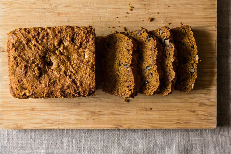 Pumpkin Christmas Bread. An eggless (!), dairyless (!) loaf cake for breakfast, lunch, snack, dinner, dessert. It's soft, it's tender, it's sweet, it's spicy, it's got height, it's got everything we want in a loaf cake, plus it is both portable and scalable for gifts.