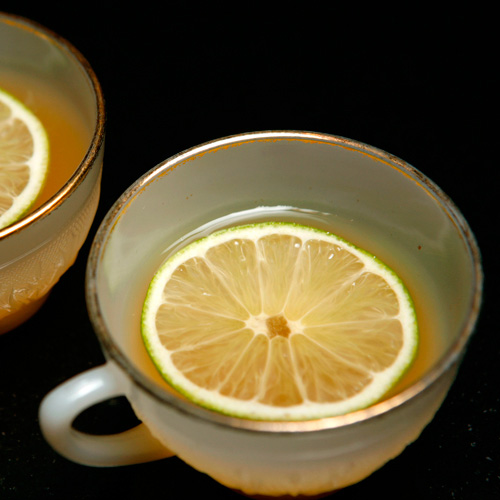 Cardamom and Pop Punch. Hosting friends and family on Christmas Day? Make this citrus-and-rum punch from all-star New York bartender Phil Ward. It matches well with both sweet treats like gingerbread men and more savory snacks.