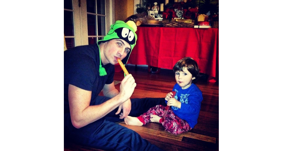 Ryan Lochte kept Christmas dinner casual with a popsicle snack. (Photo: Instagram)