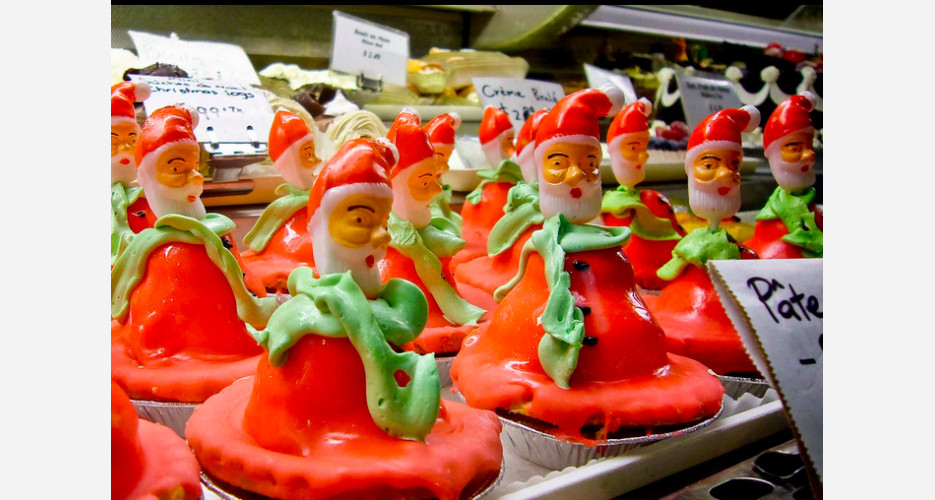 Ever imagine what Santa would look like if his body melted into a big, red puddle? No? Here it is anyway, in cupcake form. (Photo: Flickr)