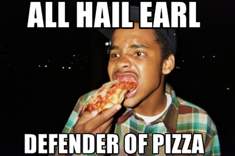 earl_defender_pizza