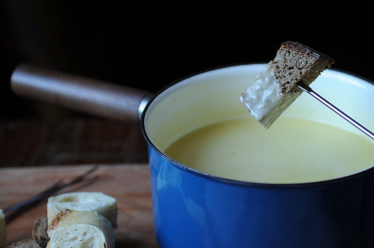 Traditional Fondue Fribourgeois recipe from Food52 (Photo: