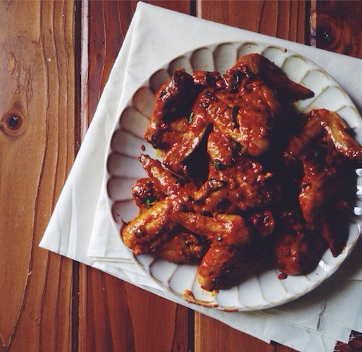 Spicy Indian chicken wings offer a fresh take on a traditional Super Bowl snack. Photo: @eva_kosmas_flores