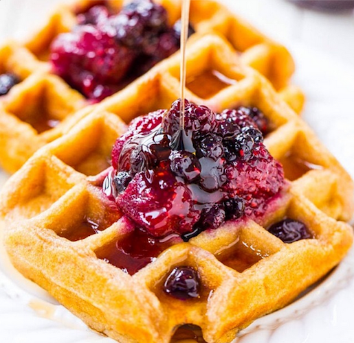 We want these buttermilk waffles with mixed berry and lemon preserves every day of the week. Photo: @averiesunshine