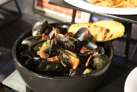 Phillies Mussels
