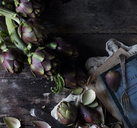 Valentina from the blog Modern Pop Cooking takes a stunning shot of artichokes that look reminiscent of an old Dutch painting. Photo: @valentinahortus