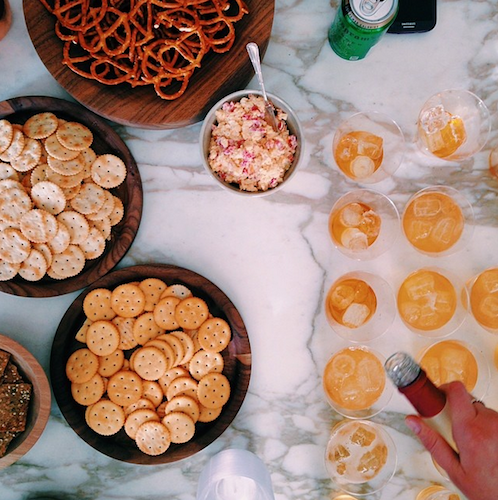Ritz crackers, whiskey ginger ale, and pimiento cheese is really all you need in life. Photo: @posiehh