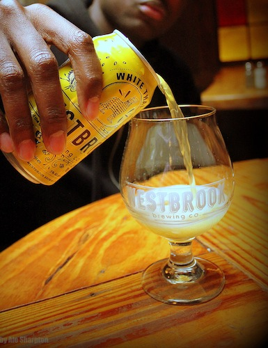 Willie pouring Westbrook White Thai close up by Ale Sharpton