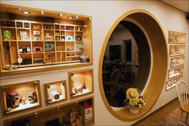 The cafe interior. (Photo: