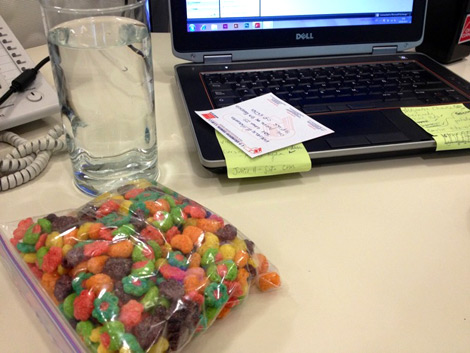 Photo: saddesklunch.com