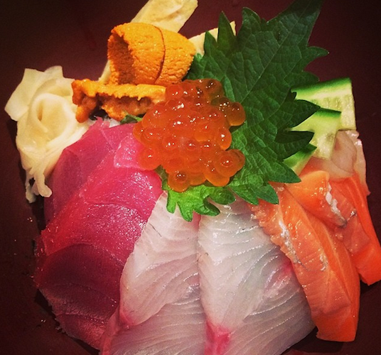 Eater's Amanda Kludt snaps a luscious-looking kaisen don at Ootoya in Midtown.