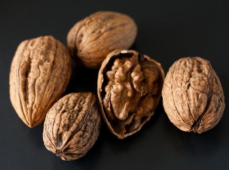 9-Walnuts