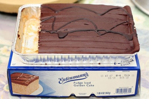 entenmanns-golden-fudge
