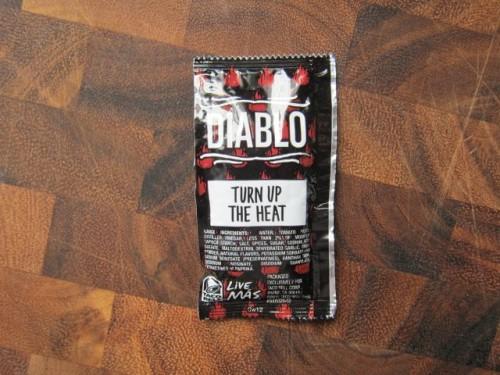 taco-bell-diablo-sauce-01