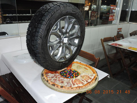 PizzaWheelTire
